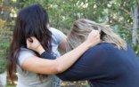 Bakıda parkda qızlar saçyolduya çıxdılar – VİDEO