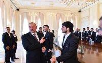 """Prezident Əfranı tənqid edib - """"Arxada top çox saxlama"""""""