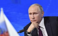 Putin Ukraynaya verilmiş 10 məhbusu əfv etdi