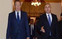 Çavuşoğlu Lavrovla ayaqüstü görüşdü