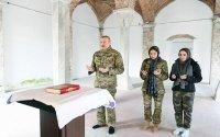 Prezident ailəsi ilə Şuşada məsciddə - Fotolar
