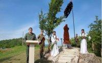 Araik Ağdamın kəndində yeni xaçkar abidəsinin açılışını etdi...-FOTOLAR