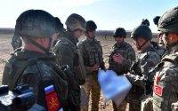 Görüş öncəsi mesajlar: Ruslar çıxır, silahlılar tərk-silah edilir