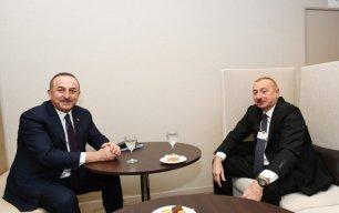 İlham Əliyev Davosda Mövlud Çavuşoğlu ilə görüşdü — FOTO