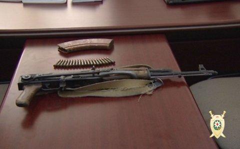 Polis Bakıda əməliyyat keçirib, silah və narkotik aşkarlanıb – FOTOLAR