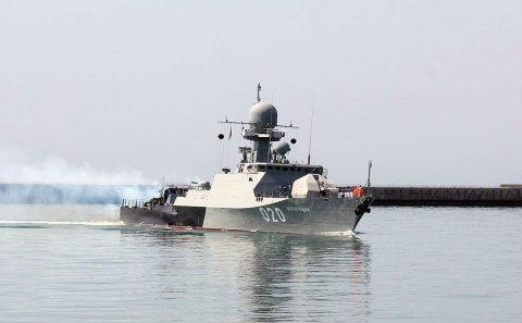 Rusiyanın hərbi gəmiləri Bakıya gəlib – FOTO