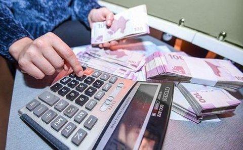 Azərbaycanda orta aylıq əmək haqqı 590 manata çatıb