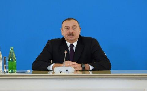 """""""Ləl-Cəvahirat fondunu taladılar, neft bonuslarını oğurladılar…""""-İlham Əliyev"""