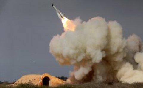 Qisas başladı, İran Amerika aviabazasına raket yağdırdı