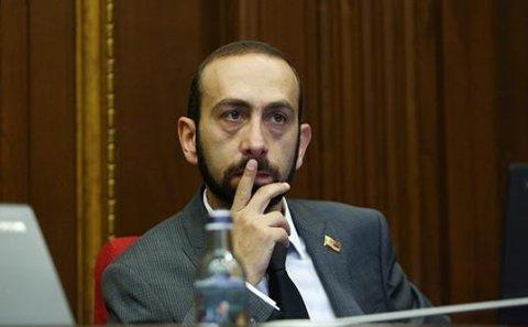 Erməni spiker türk casusudur? – İrəvanda qalmaqal