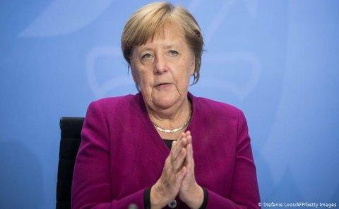Merkeldən Qarabağ açıqlaması: Hörmət olunmalıdır!