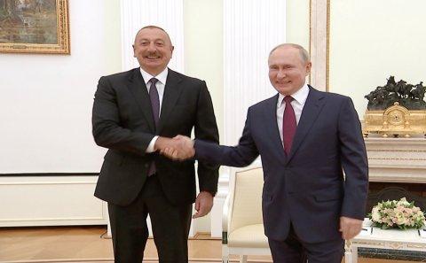 """Putin Bakıdan nə istəyir? – """"Buna həm özümüz, həm də Moskva hazır olmalıdır"""""""