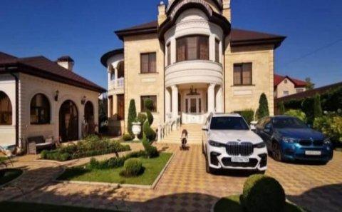 Polis rəisinin evindən qızıl unitaz çıxdı - Antikorrupsiya əməliyyatı