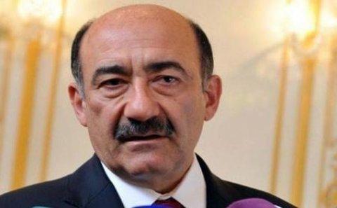 SABİQ NAZİRİN XARİCƏ GETMƏSİNİN QARŞISI ALINIB - Qarayev açıqlama verdi
