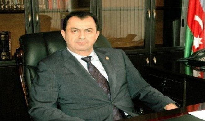 """İcra başçısı haqda sensasion iddia – """"DOST YARDIMI""""NI CİBİNƏ QOYUR"""